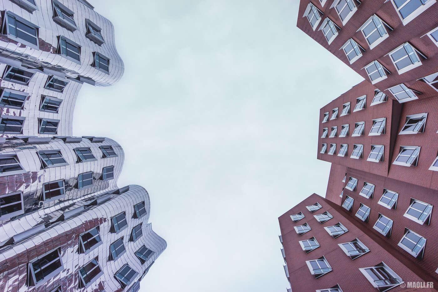 Düsseldorf MediaHafen Gehry