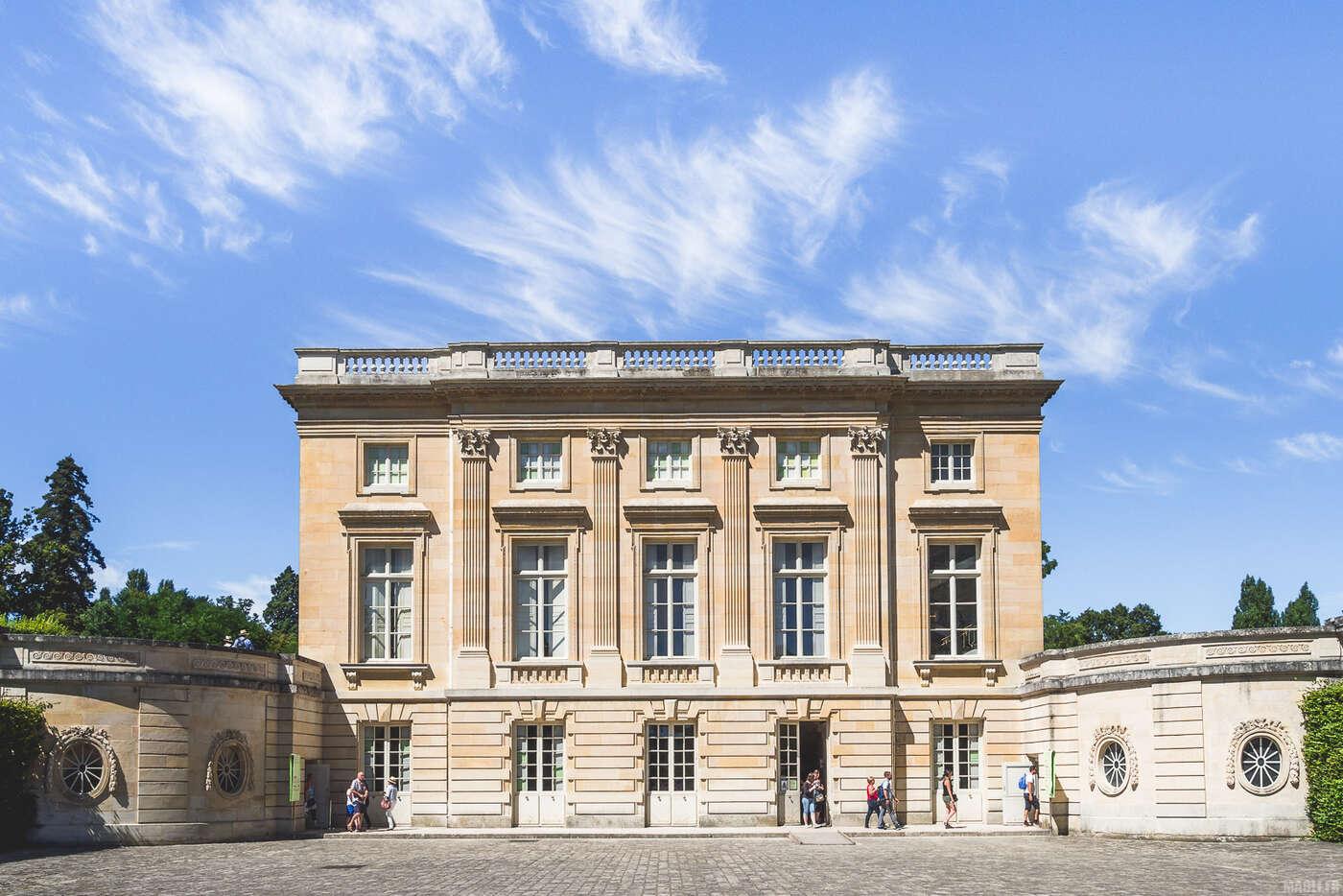 Façade sud du Petit Trianon, Jardin de Versailles