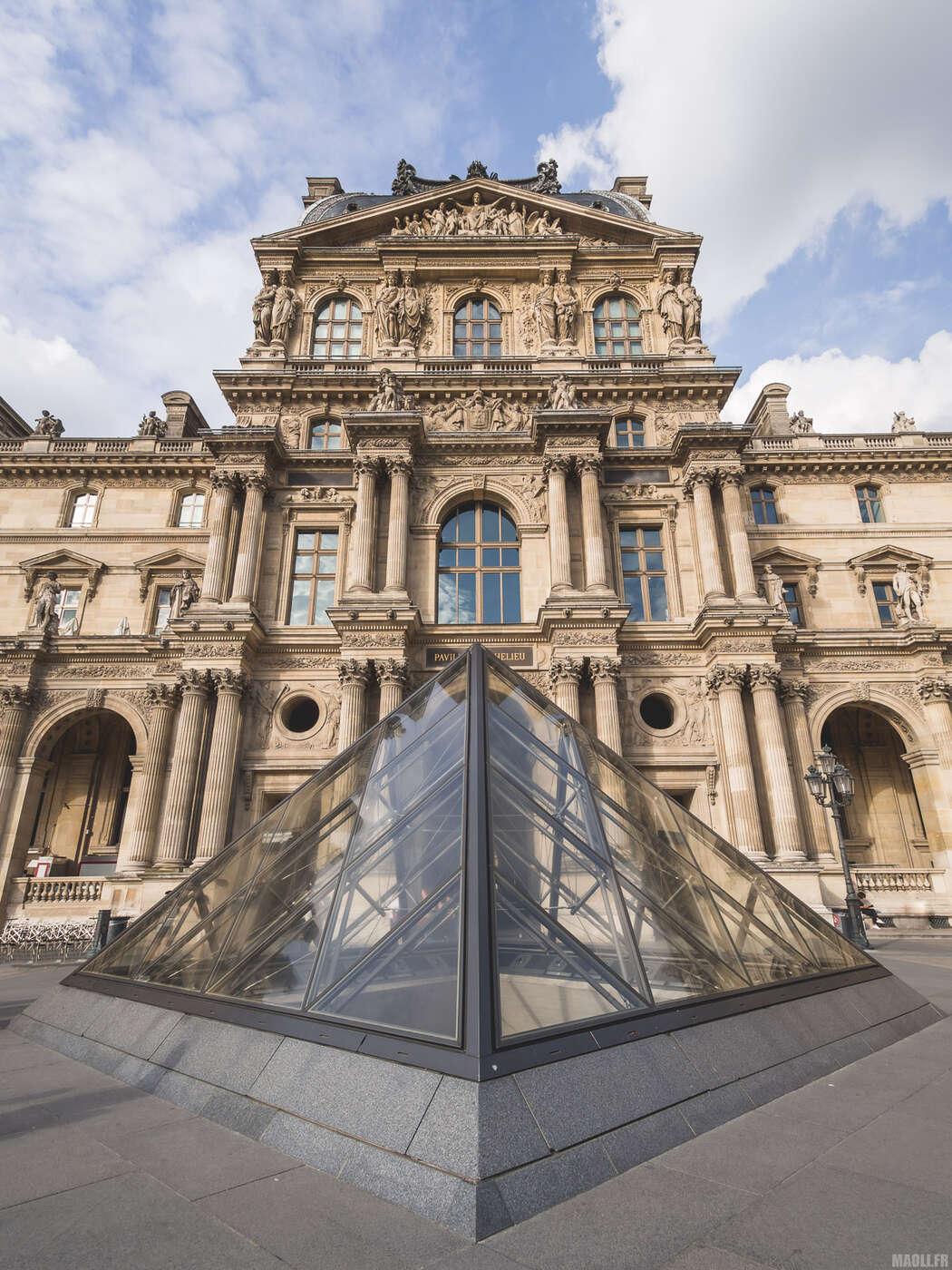 Extérieurs du Louvre