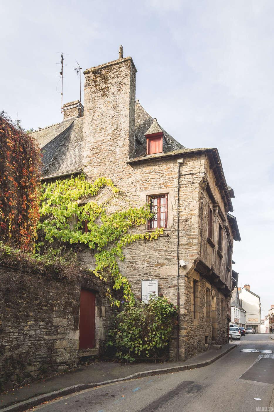 Maison en pierre à Josselin