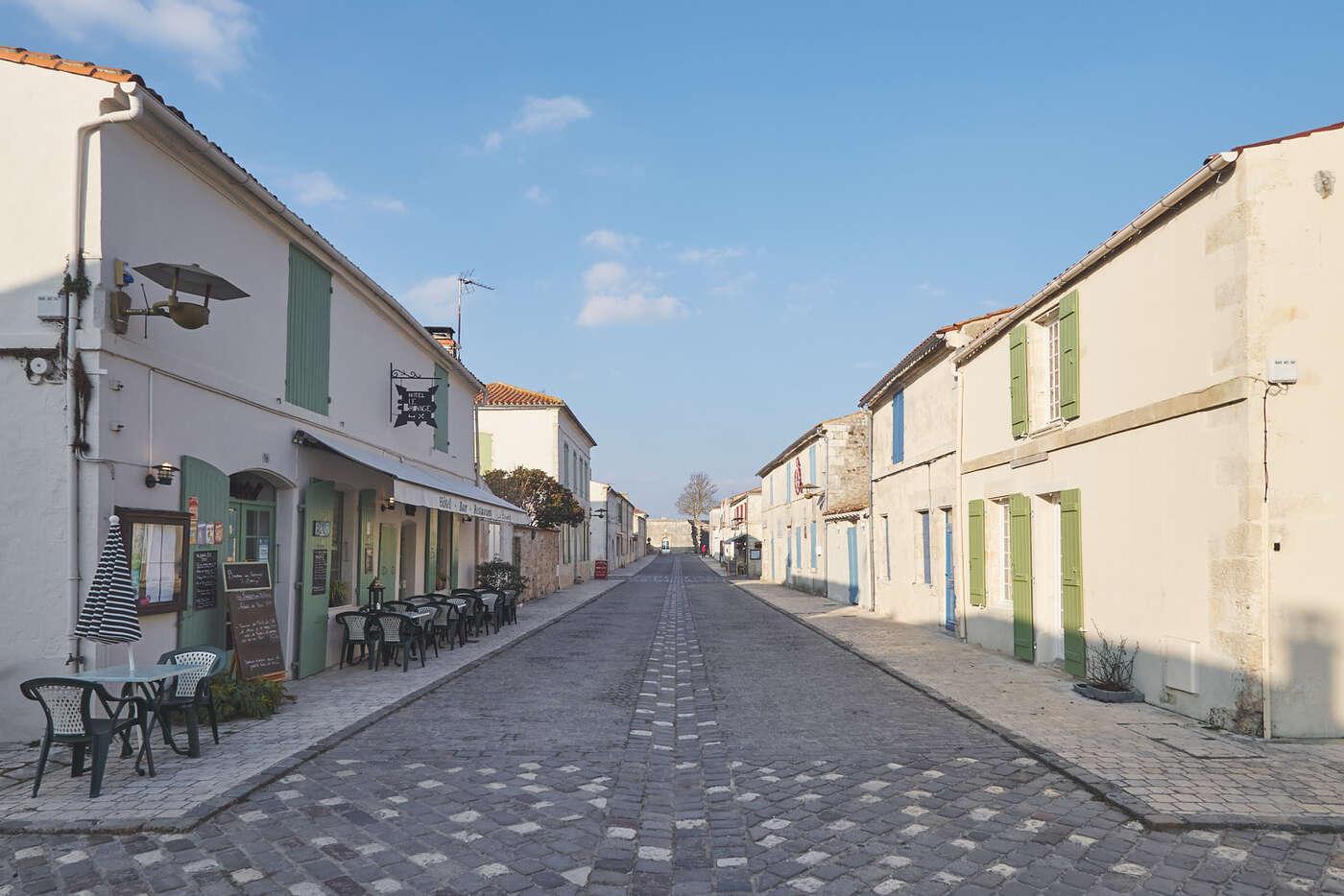 Dans les rues de Brouage
