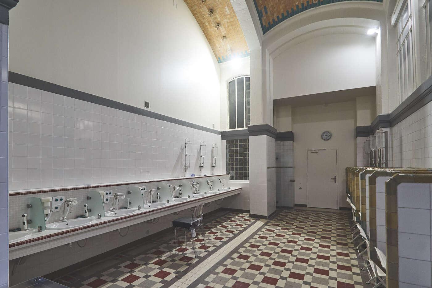Salle de cure, thermes de Mont-Dore