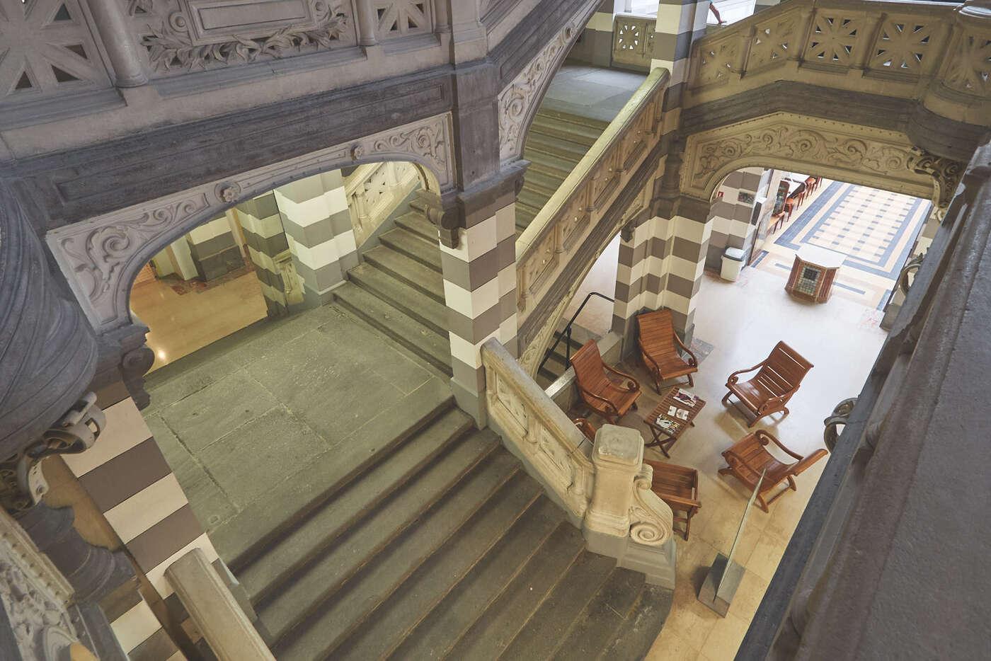 Escaliers des thermes du Mont-Dore