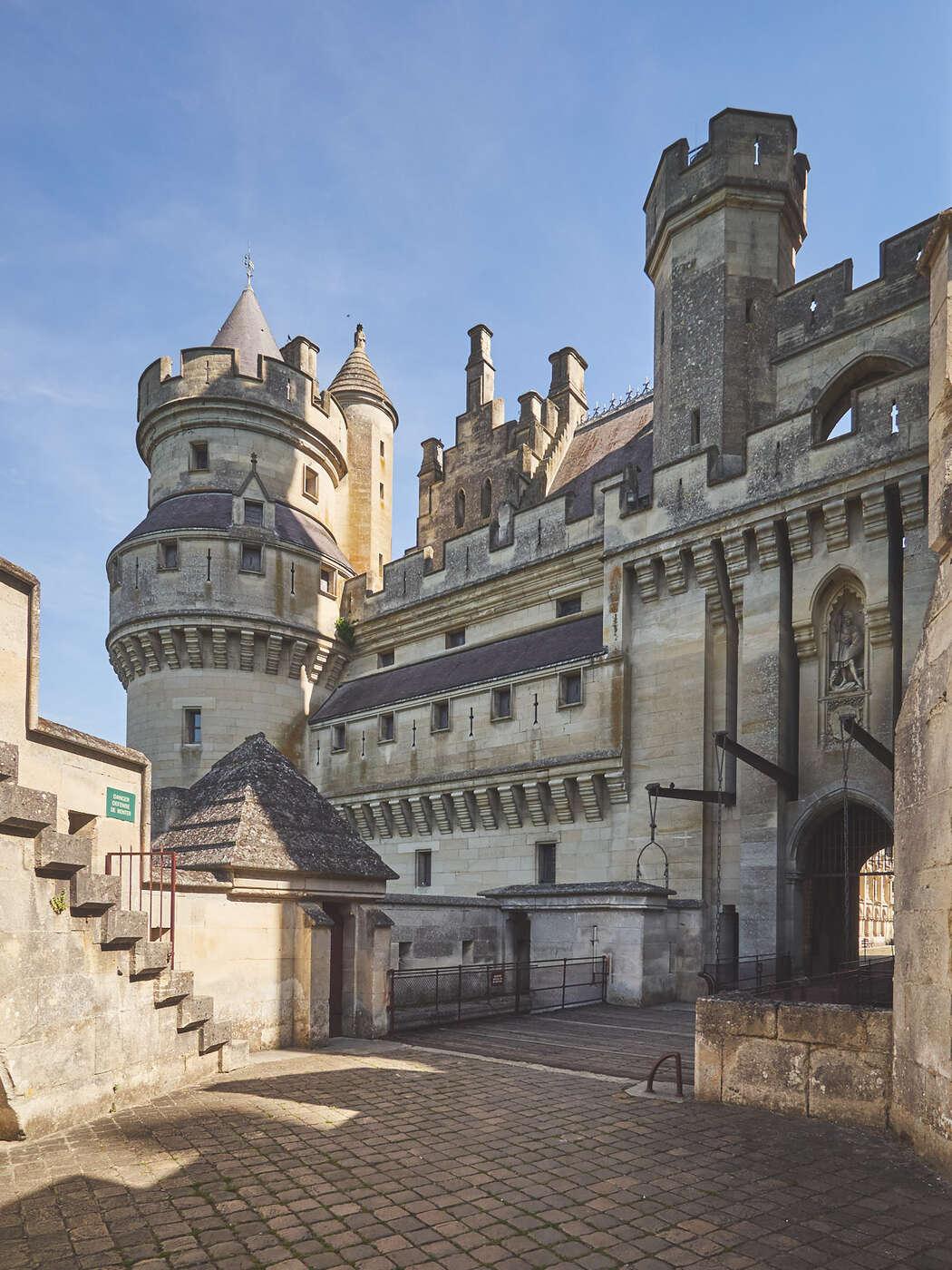 Portail du château de Pierrefonds