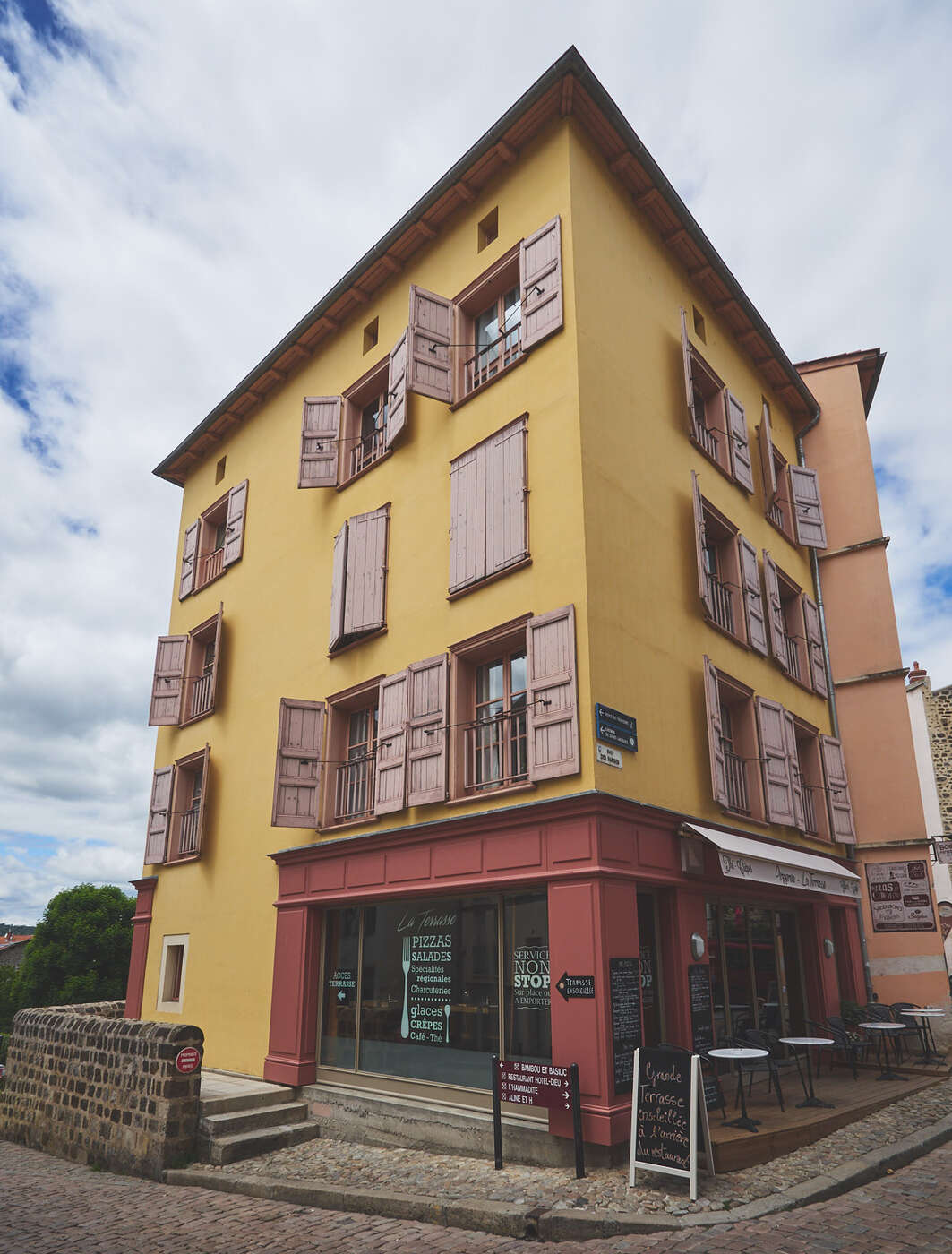 Puy en velay patrimoine religieux french vadrouilleur - Office du tourisme le puy en velay ...
