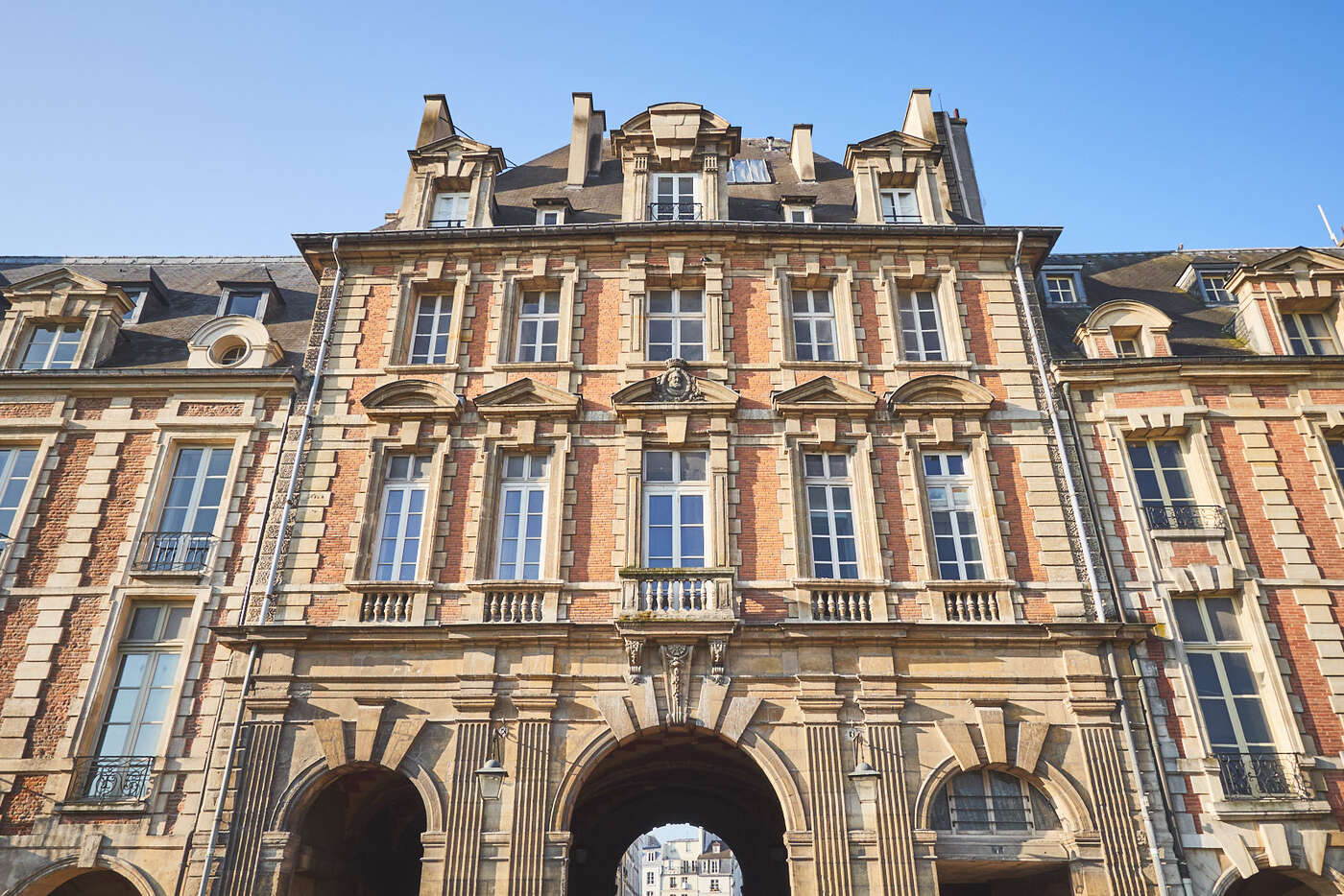 Pavillon du roi, Place des Vosges