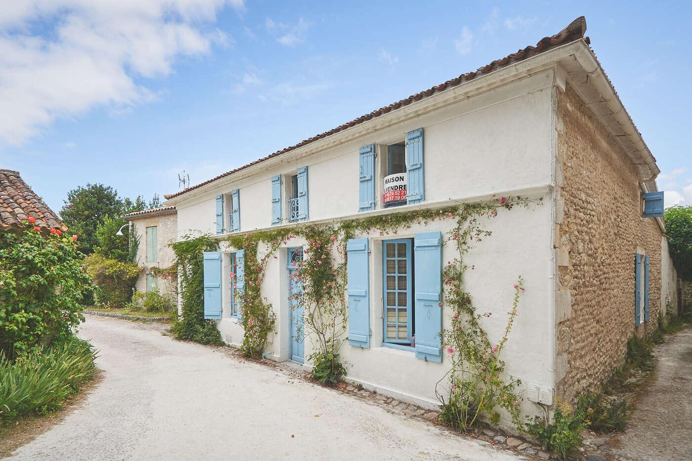 Place de la Priauté à Talmont-sur-Gironde