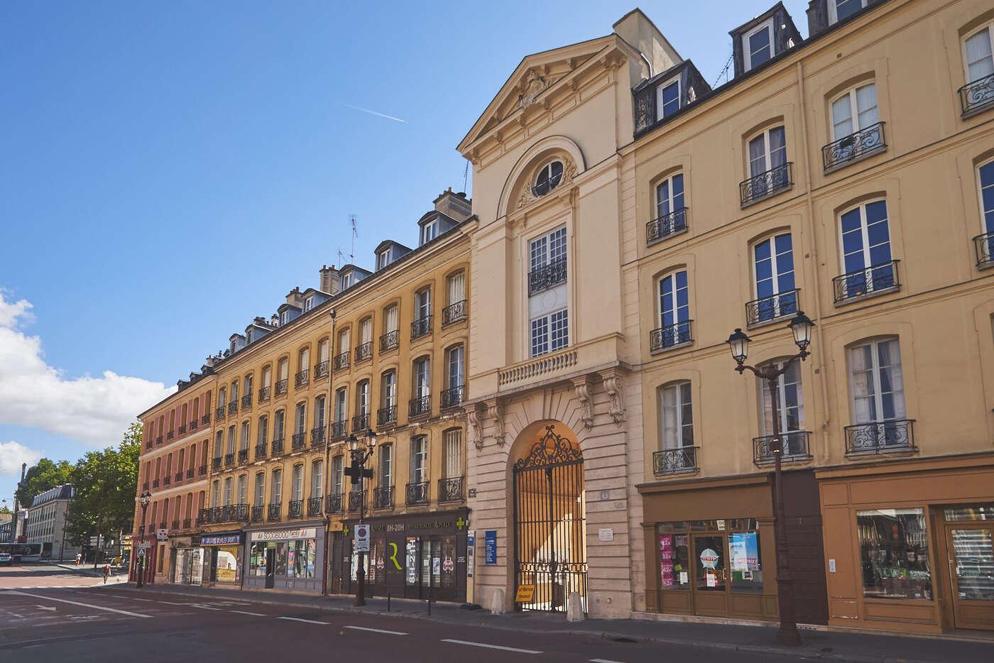 Rue Royale, Versailles
