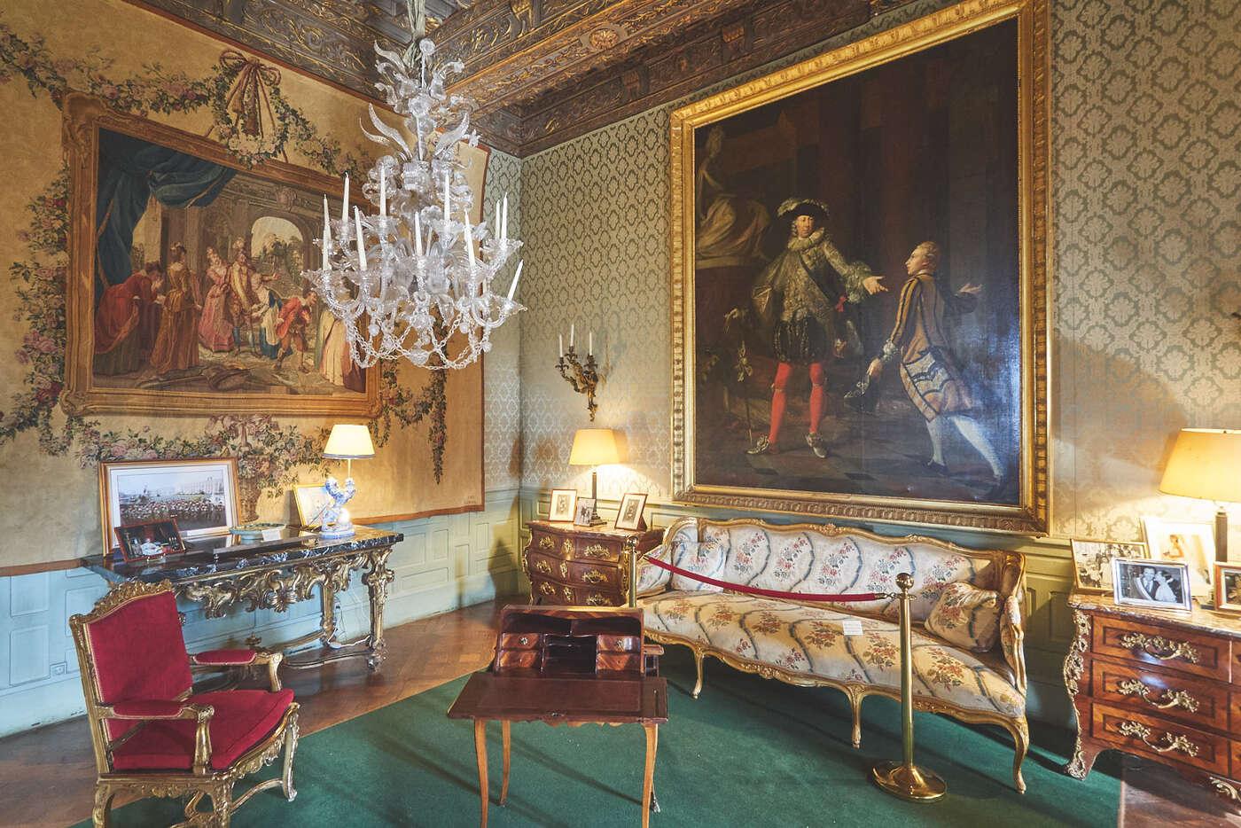 Salon doré du château de Brissac