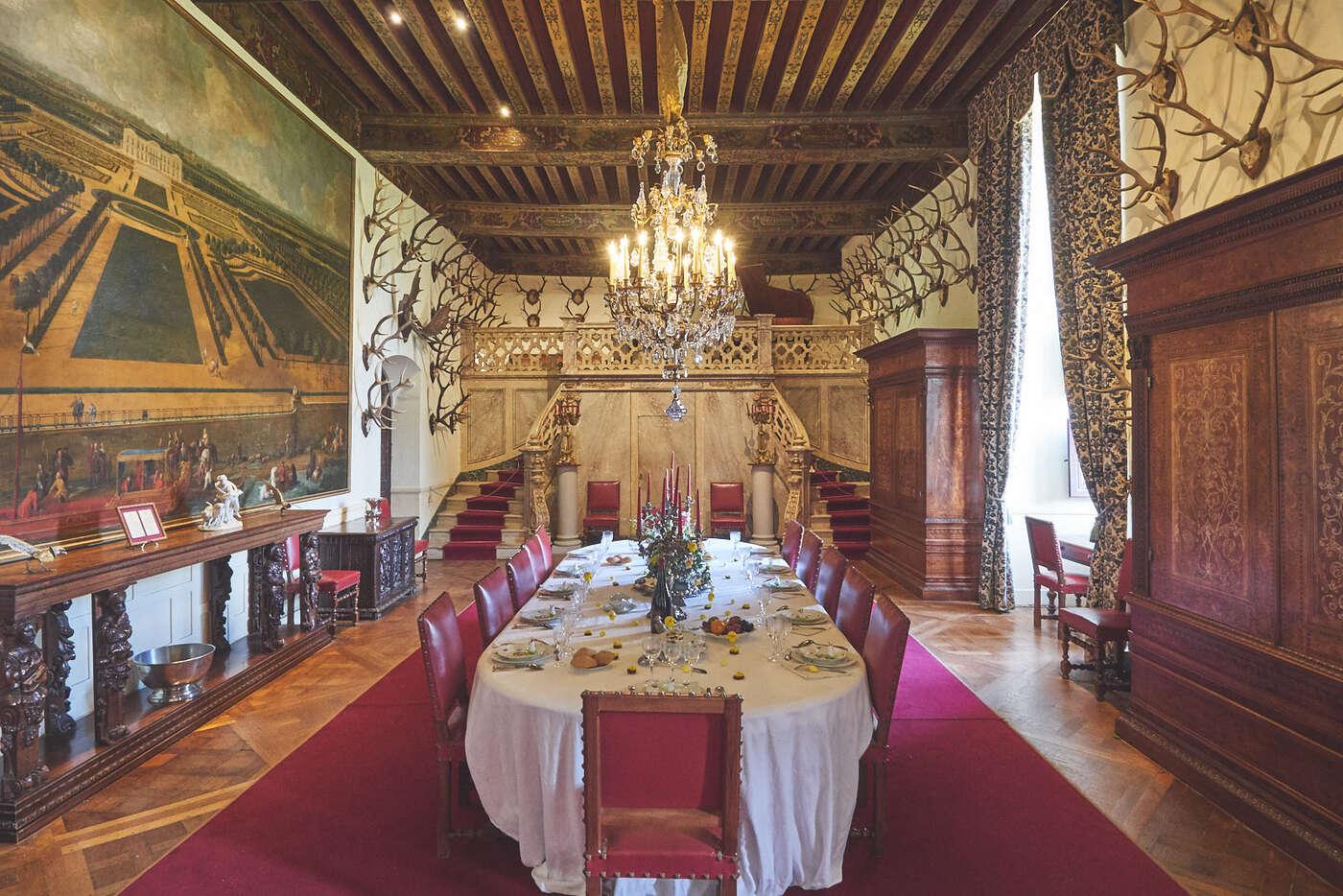 Salle à manger du château de Brissac