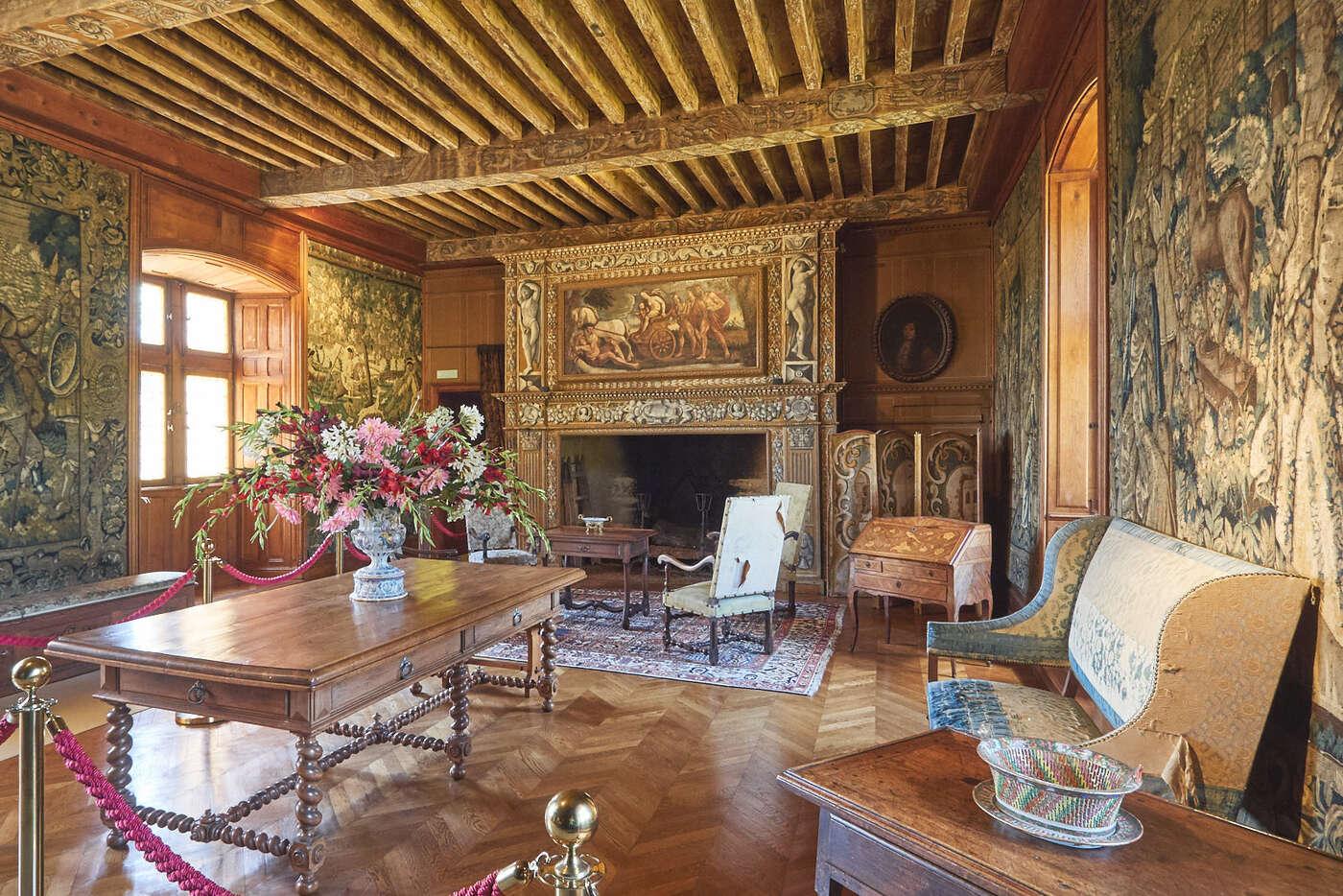 Grande salle du Château de Puymartin