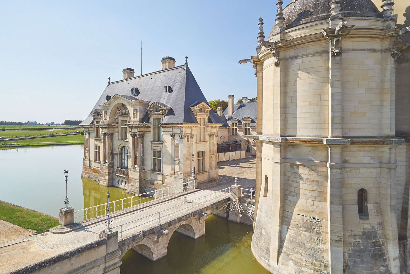 Extérieurs du château de Chantilly