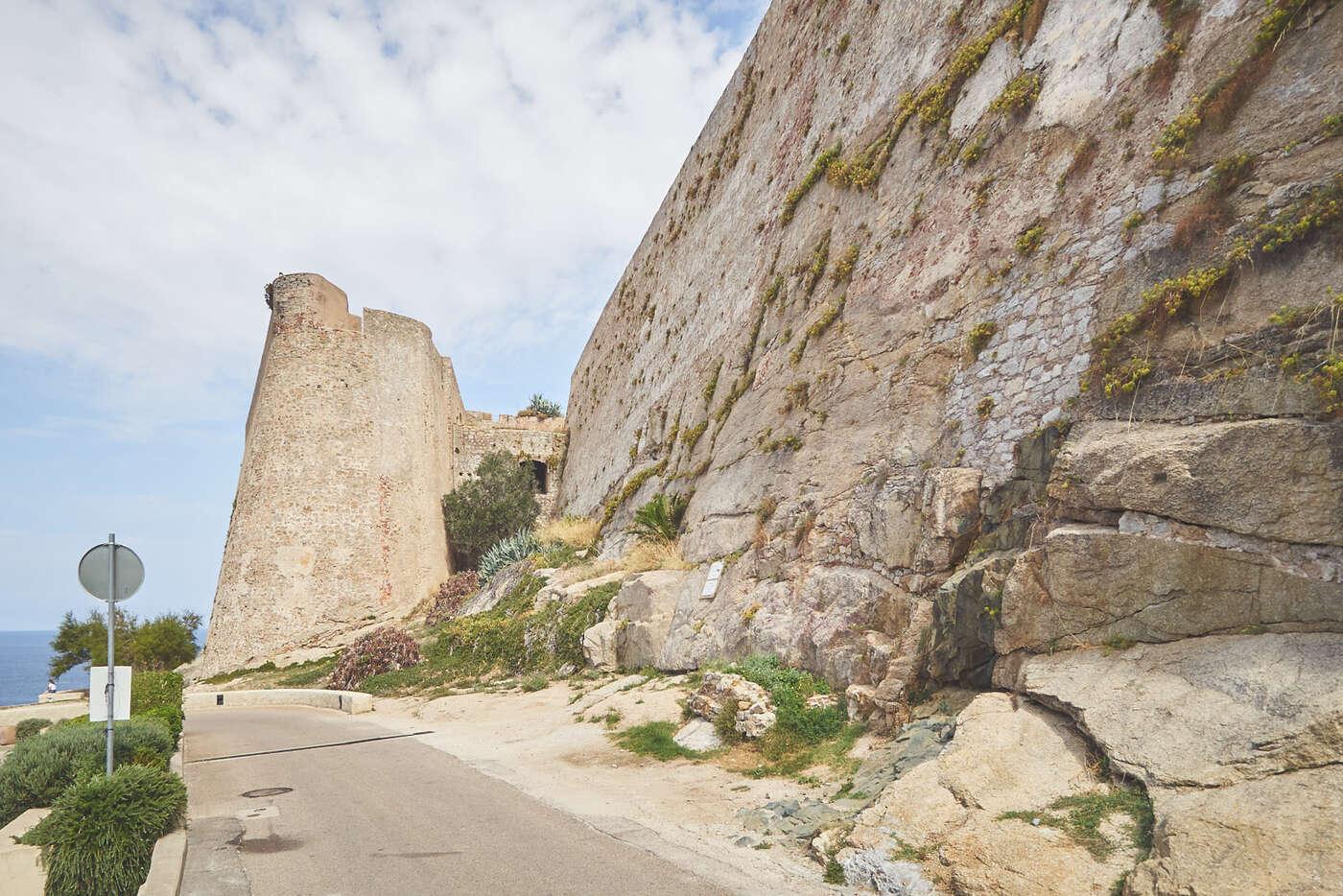Remparts de la citadelle de Calvi