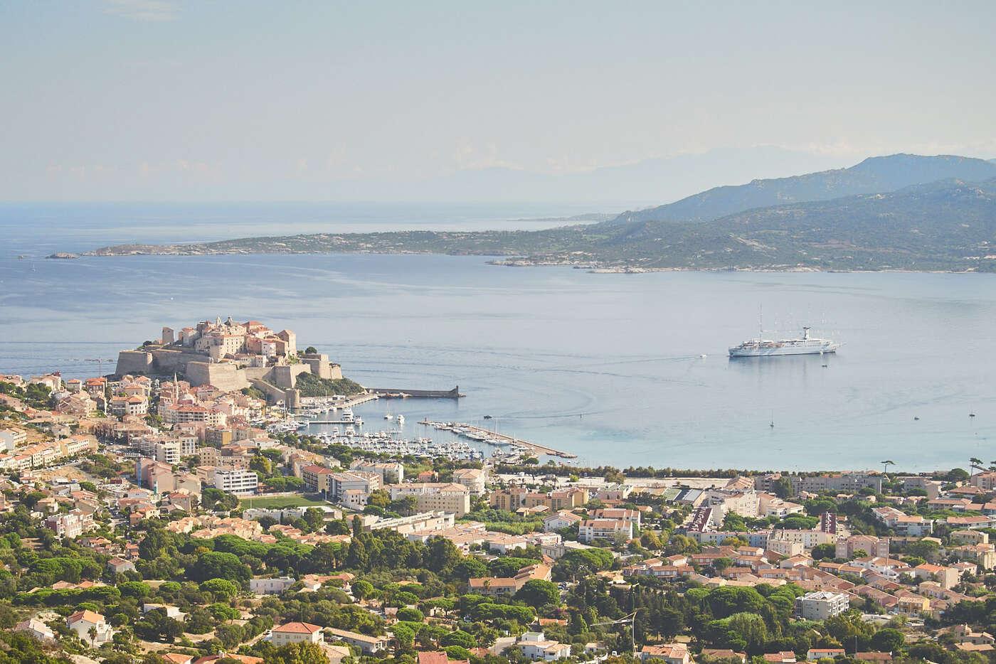 Calvi depuis Notre-dame de la Serra, Corse