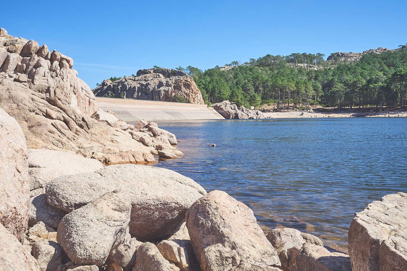 Barrage dans l'Alta-Rocca, en Corse