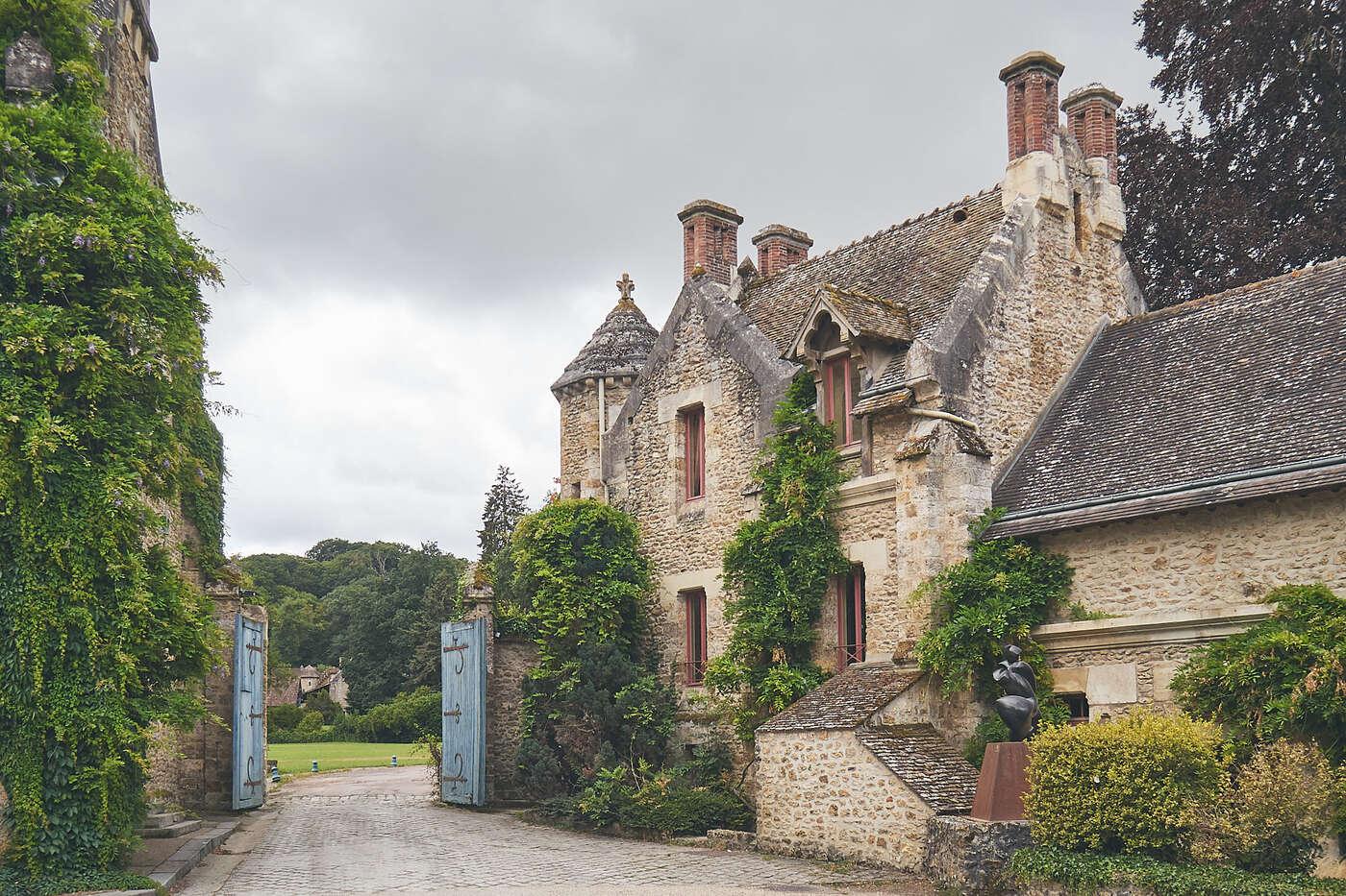 Portail de l'abbaye de Vaux-en-Cernay