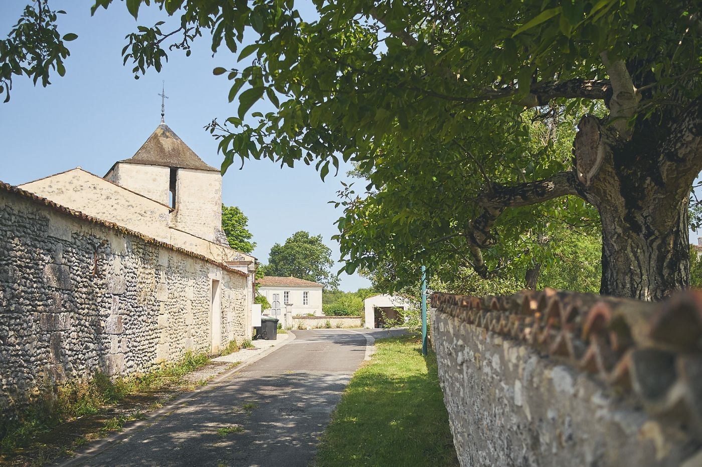 Route du Vieux Bourg, Bussac-sur-Charente